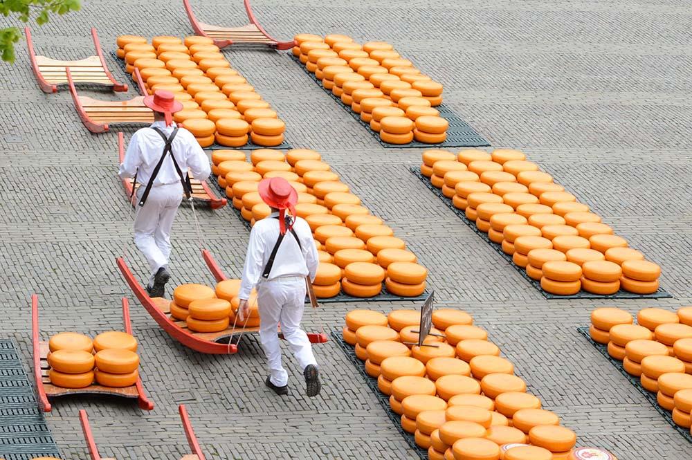 Sightseeing Taxi Alkmaar Cheese Market