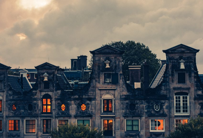 Halloween in Amsterdam creepy houses at the canal scaled